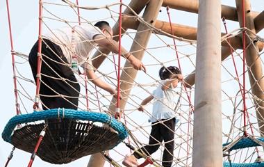 儿童室外亚博体育足球官网设备对安全防护上有哪些要求
